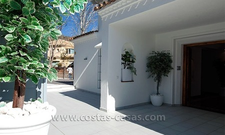 For Sale: Well-Appointed, Spacious and Fully-Renovated Villa in Marbella city 3
