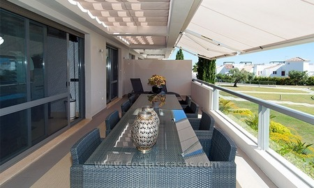 For Sale in the Marbella – Benahavís Area: Contemporary, Luxury Golf Apartment 2
