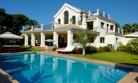 For Sale: Large Modern Luxury Beachside Villa in Marbella