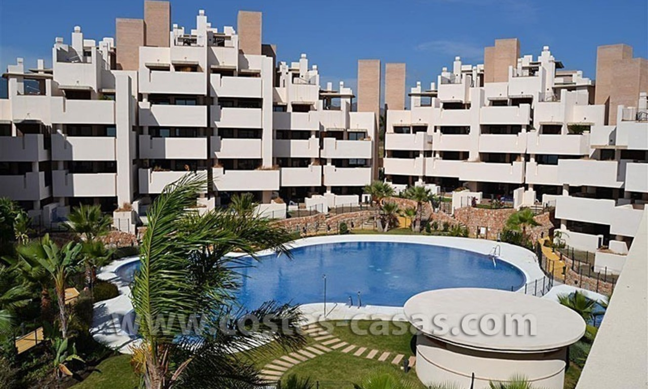 Modern Frontline Beach Apartments and Penthouse for sale on the New Golden Mile, Marbella – Estepona 4