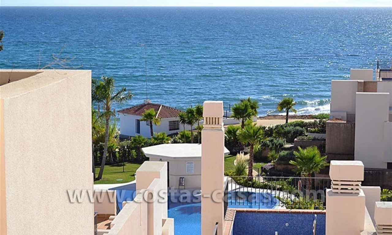 Modern Frontline Beach Apartments and Penthouse for sale on the New Golden Mile, Marbella – Estepona 0