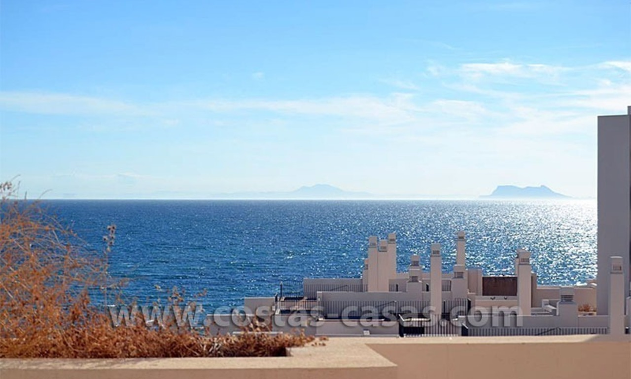 Modern Frontline Beach Apartments and Penthouse for sale on the New Golden Mile, Marbella – Estepona 2
