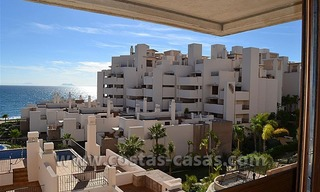 Modern Frontline Beach Apartments and Penthouse for sale on the New Golden Mile, Marbella – Estepona 5