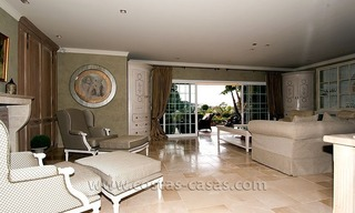 For Sale: First Line Golf Villa in Nueva Andalucía, Marbella 10