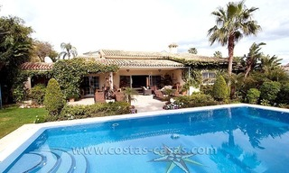 For Sale: First Line Golf Villa in Nueva Andalucía, Marbella 0