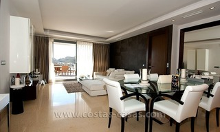 For Holiday Rent in the Marbella – Benahavís Area: Contemporary, Luxury Golf Apartment 8