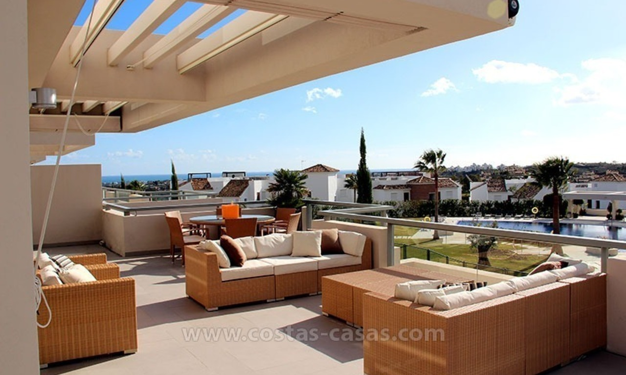 For Holiday Rent in the Marbella – Benahavís Area: Contemporary, Luxury Golf Apartment 0