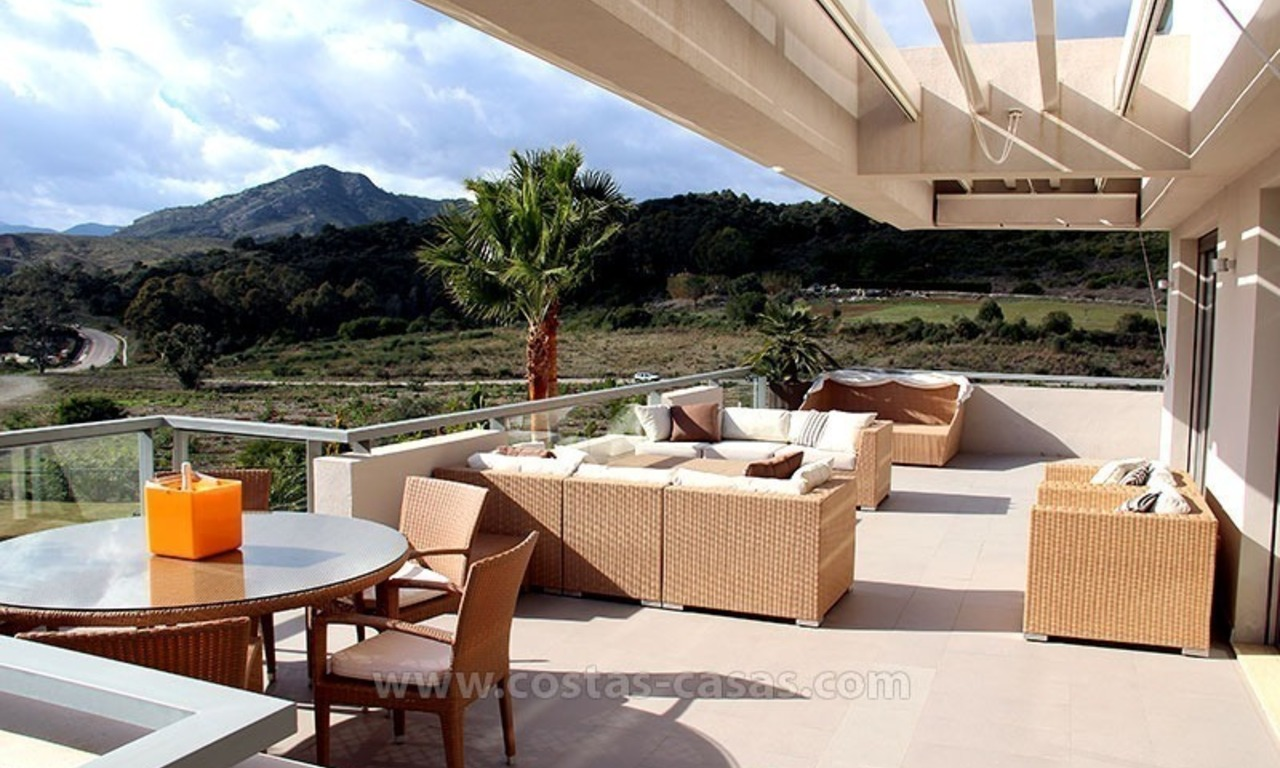 For Holiday Rent in the Marbella – Benahavís Area: Contemporary, Luxury Golf Apartment 1
