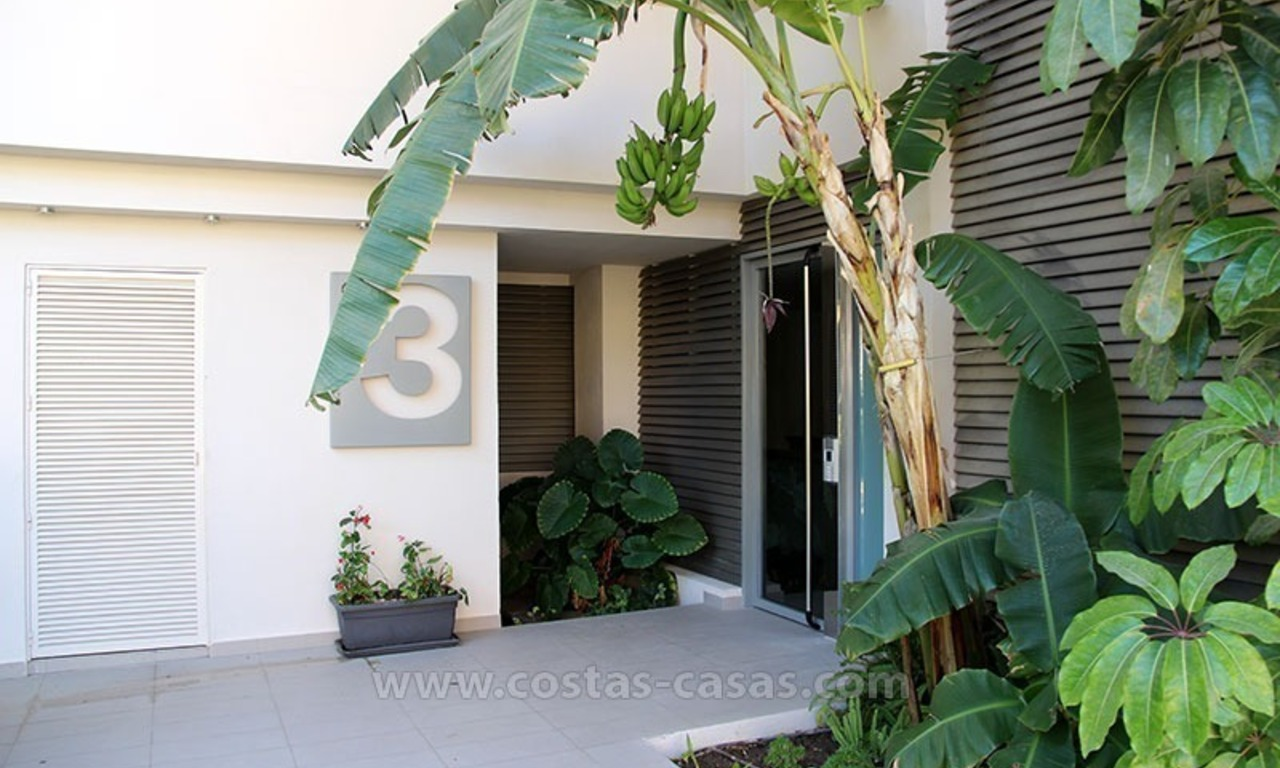 For Holiday Rent in the Marbella – Benahavís Area: Contemporary, Luxury Golf Apartment 30