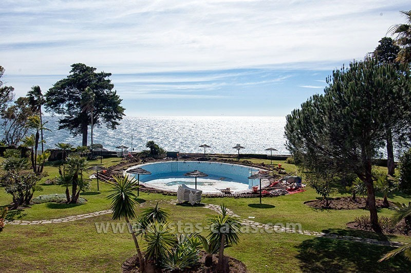 For Sale: Beach Apartment on the New Golden Mile between Marbella and Estepona