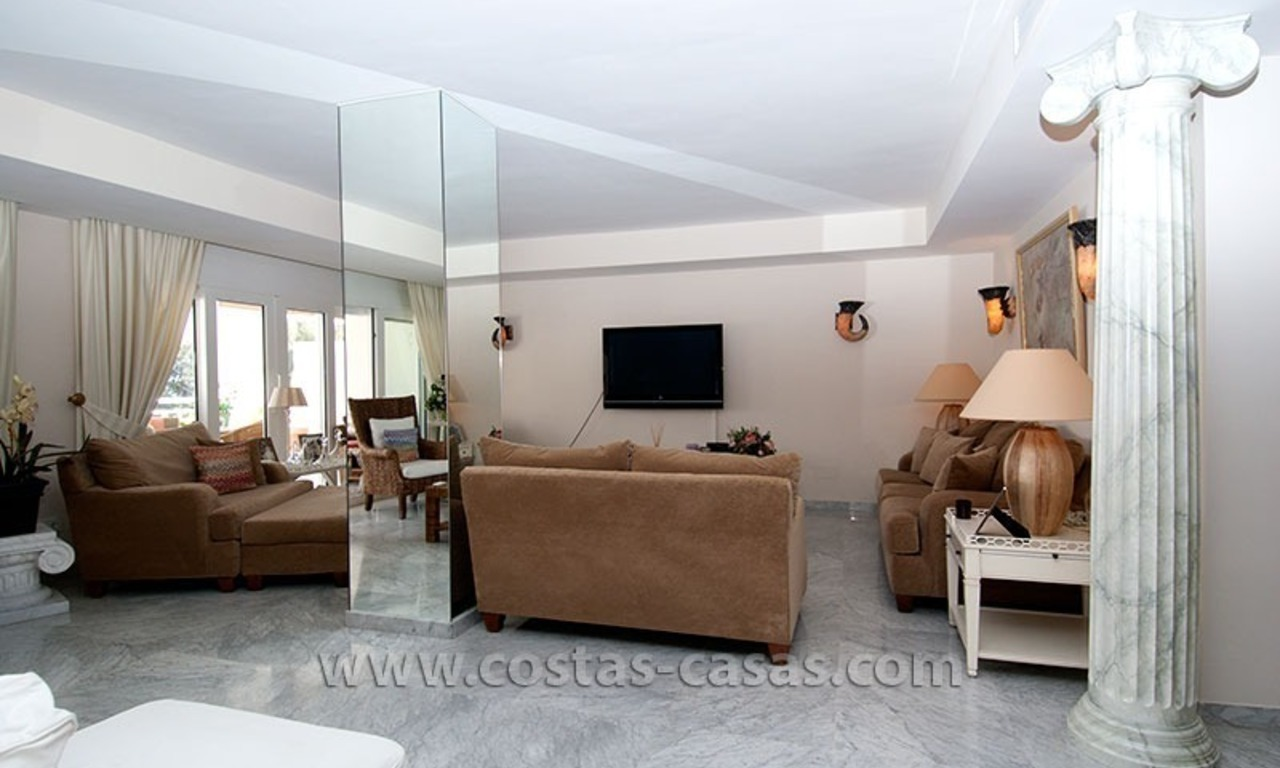 For Sale: Exclusive Apartment at Playas del Duque – Beachfront Estate in Puerto Banús, Marbella 11