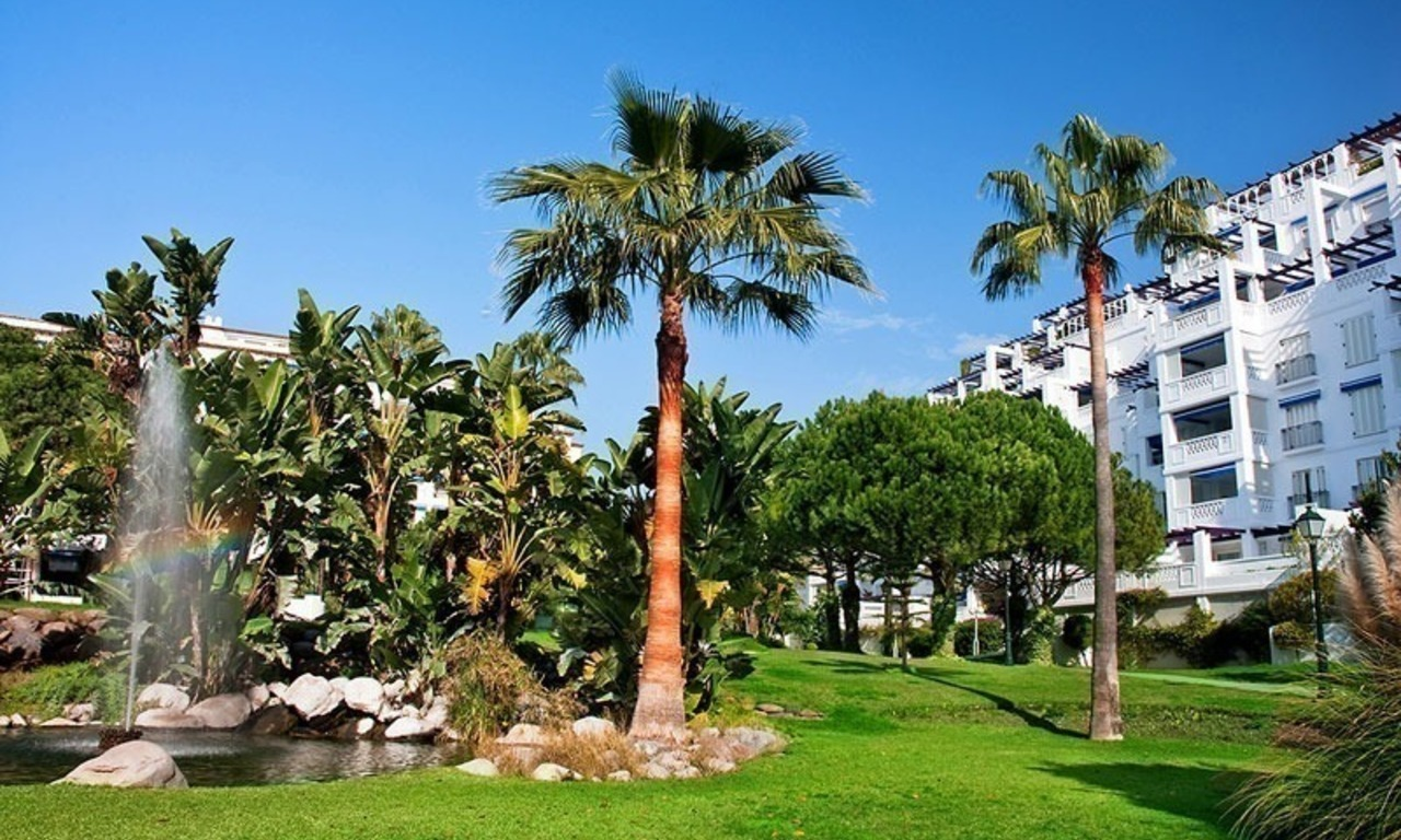 For Sale: Exclusive Apartment at Playas del Duque – Beachfront Estate in Puerto Banús, Marbella 23