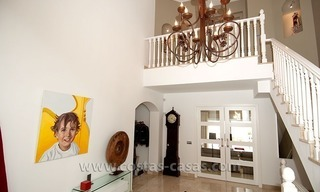 Spacious, Fully Renovated, Modern Villa For Sale in Nueva Andalucía, Marbella 14
