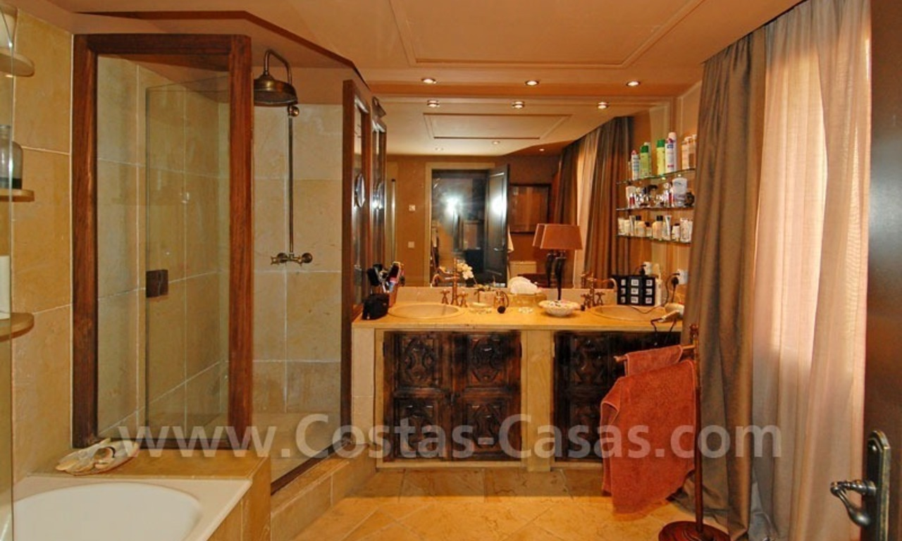 Rustic villa for rent on the Golden Mile in Marbella 29