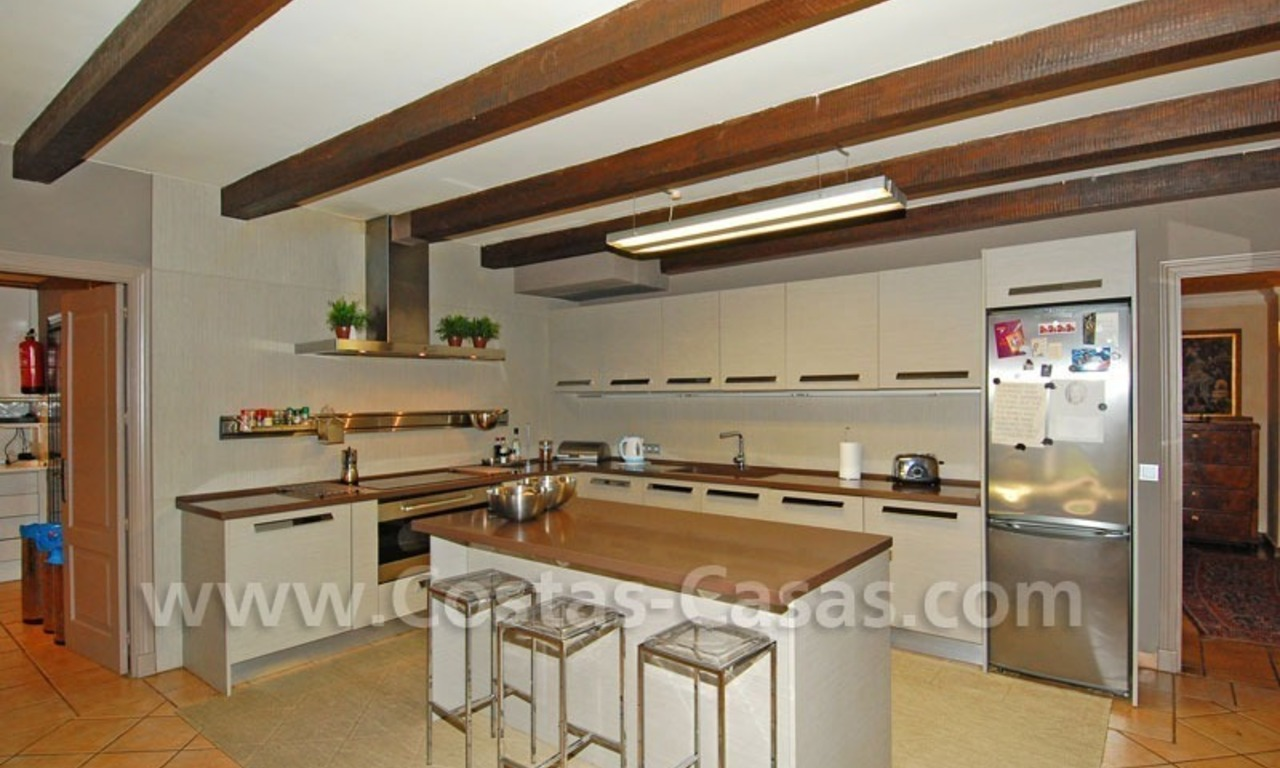 Rustic villa for rent on the Golden Mile in Marbella 20