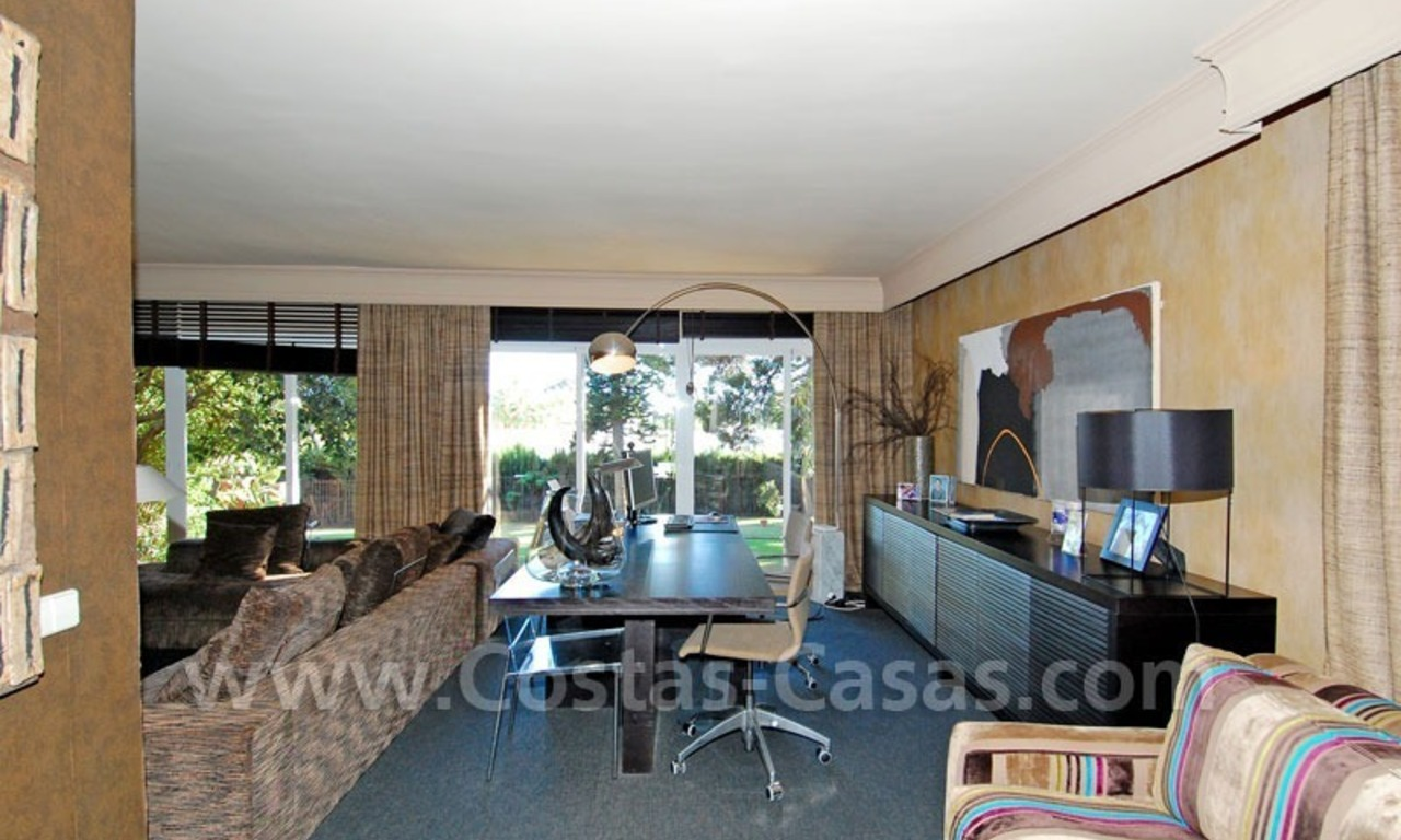 Rustic villa for rent on the Golden Mile in Marbella 15