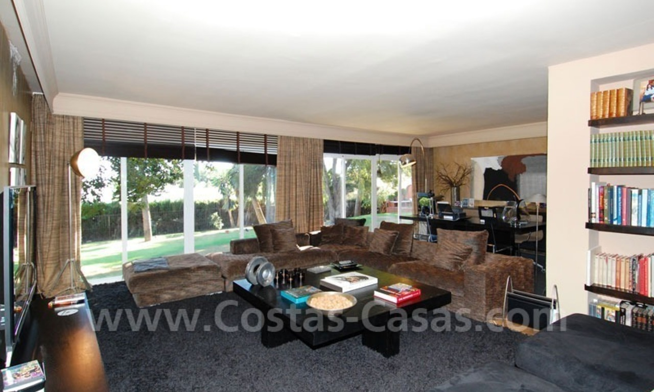 Rustic villa for rent on the Golden Mile in Marbella 17