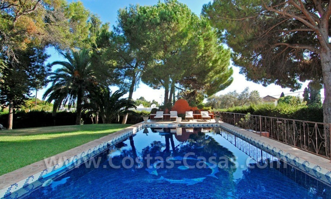 Rustic villa for rent on the Golden Mile in Marbella 1