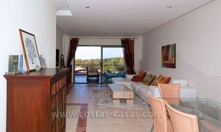 Opportunity! Luxury apartment for sale, with sea view, frontline golf complex in Marbella - Benahavis 5