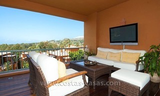 Opportunity! Luxury apartment for sale, with sea view, frontline golf complex in Marbella - Benahavis 1