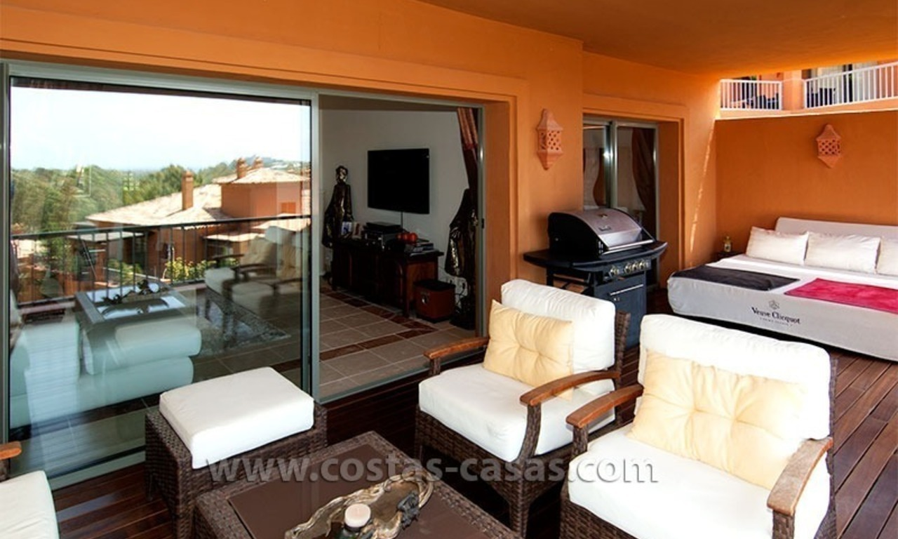 Opportunity! Luxury apartment for sale, with sea view, frontline golf complex in Marbella - Benahavis 0
