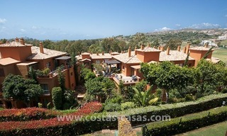 Opportunity! Luxury apartment for sale, with sea view, frontline golf complex in Marbella - Benahavis 19