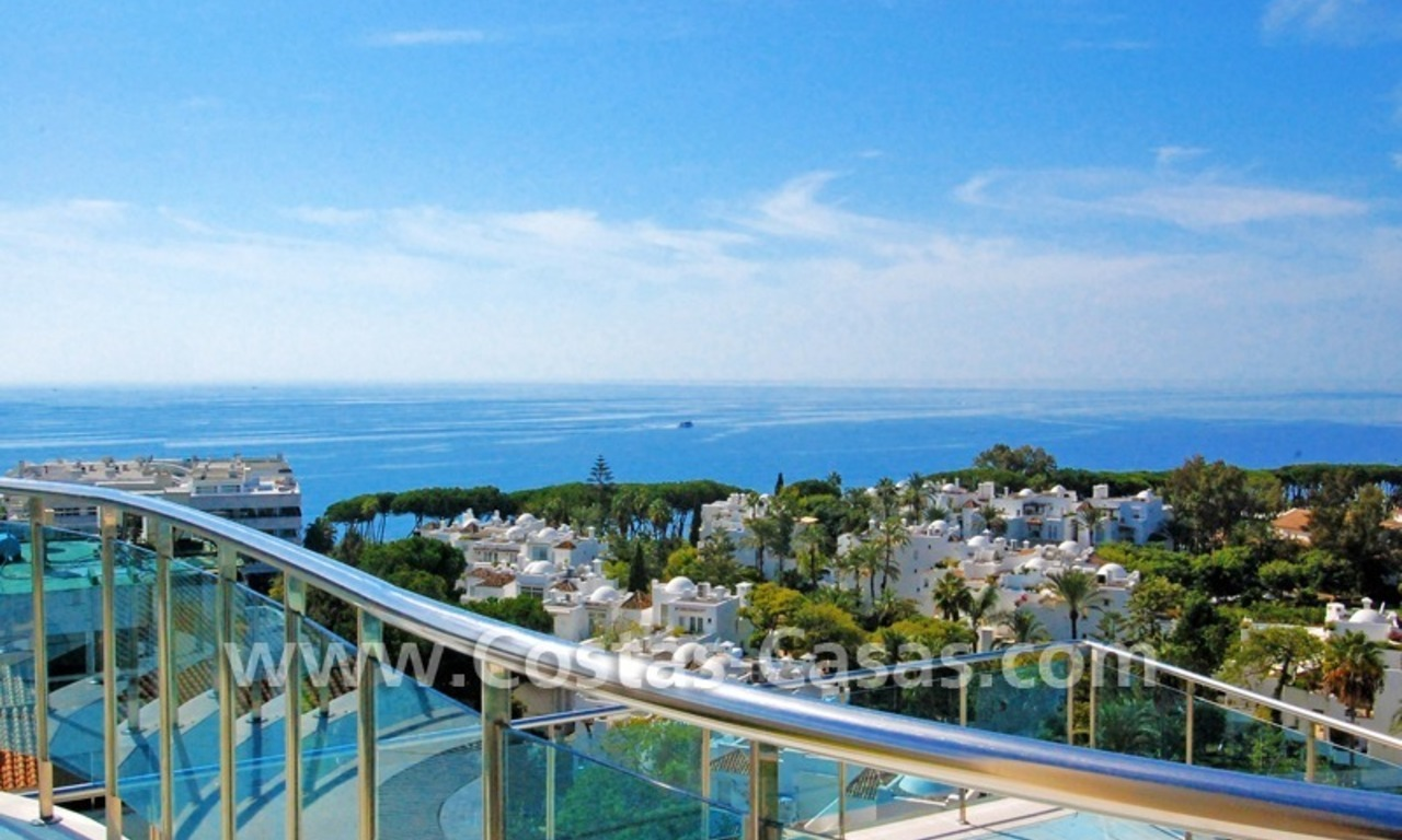 For Sale: Luxury Apartments on the Golden Mile near Beaches and Downtown Marbella 0