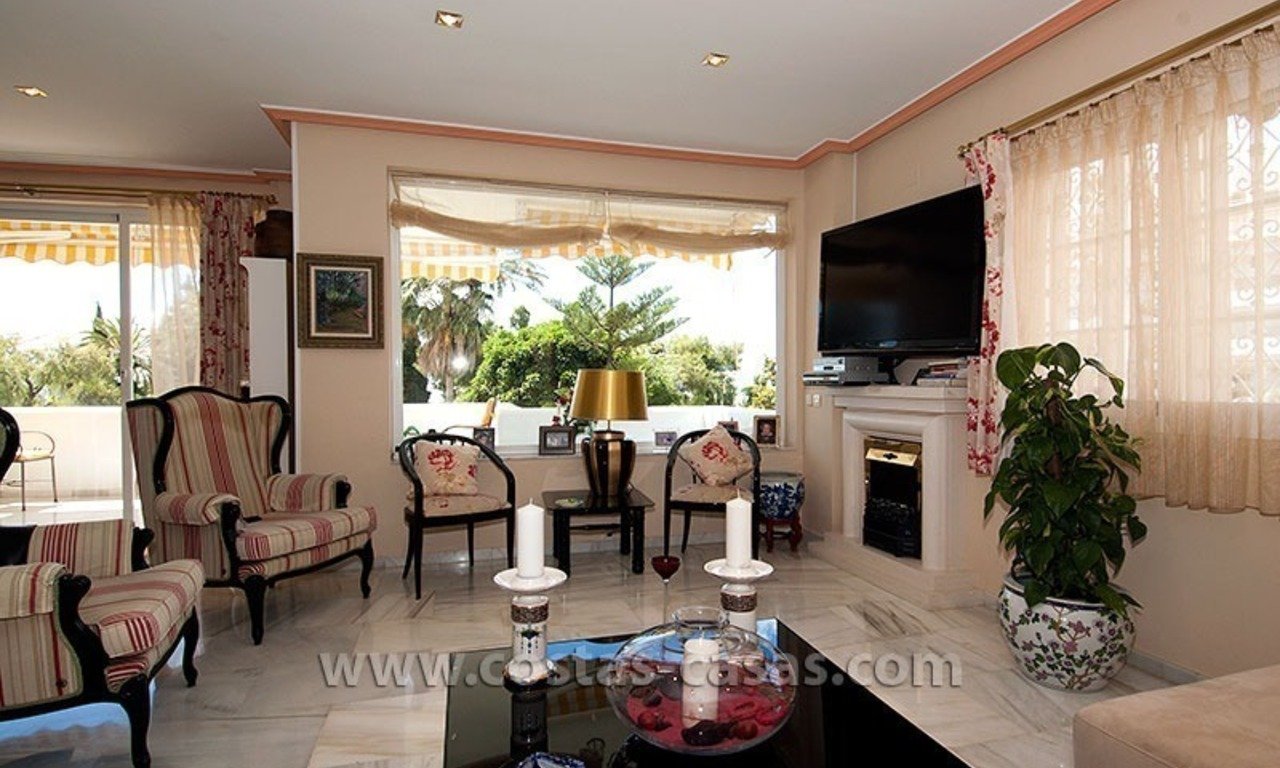 For Sale: Spacious Luxury Apartment nearby Puerto Banús, Marbella 8