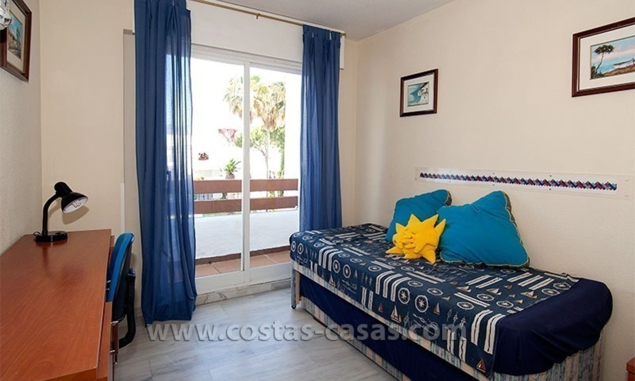 Lovely beachside penthouse apartment for sale, New Golden Mile, Estepona - Marbella 11