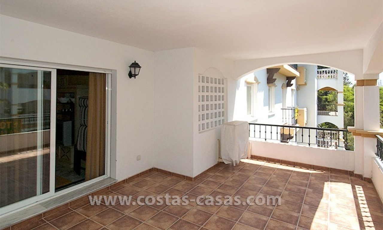 For sale: Apartment near Puerto Banús, Marbella 1