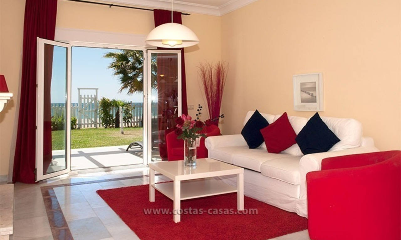 Frontline beach house for holiday rent, first line beach, Marbella - Estepona, Costa del Sol, Spain 7
