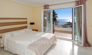 Frontline beach house for holiday rent, first line beach, Marbella - Estepona, Costa del Sol, Spain 11