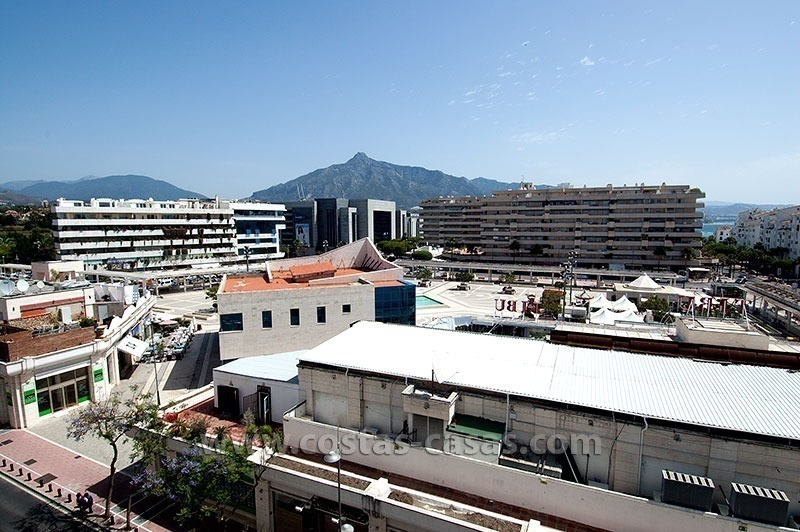 For Sale: Penthouse in the Heart of Puerto Banús, Marbella 1