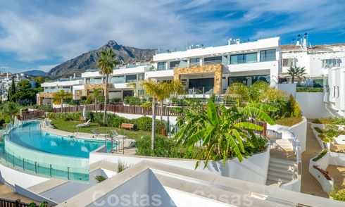 Beautiful new modern townhouse for sale on the Golden Mile, Marbella. Last unit. Key ready. 28568