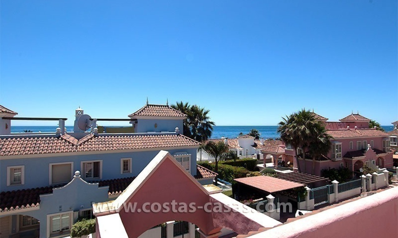 For Sale: Beachfront Villa in Puerto Banús next to San Pedro de Alcántara, Marbella 0
