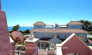 For Sale: Beachfront Villa in Puerto Banús next to San Pedro de Alcántara, Marbella 2
