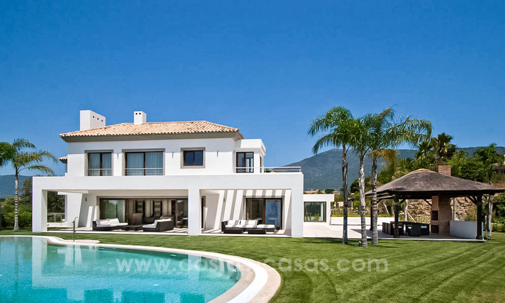 Contemporary style villa for sale in La Zagaleta between Benahavís and Marbella 22726