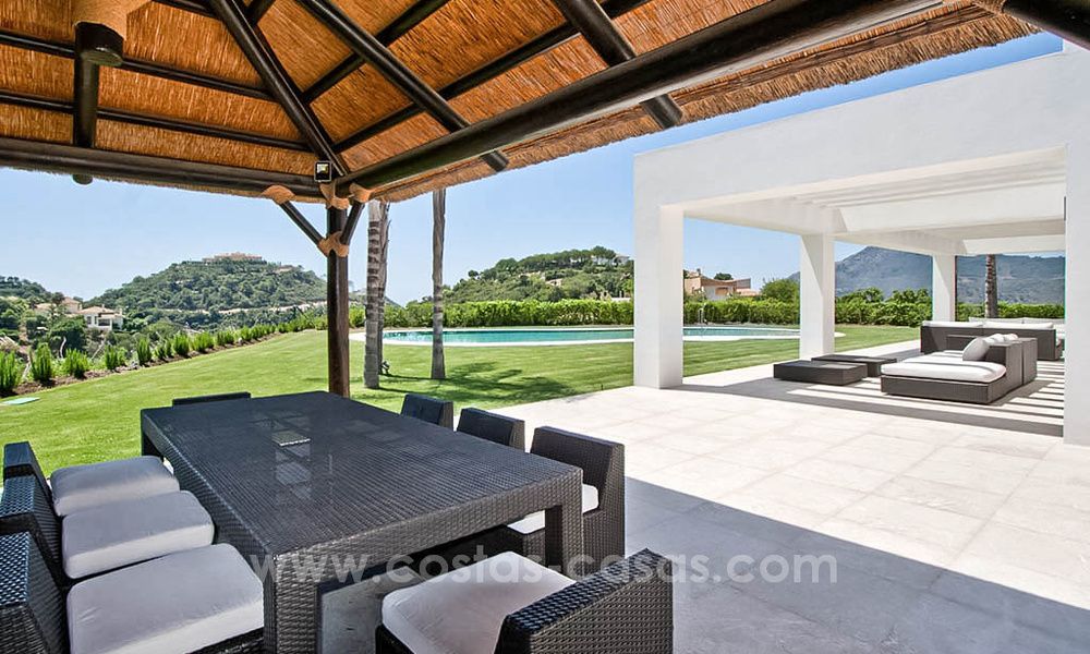 Contemporary style villa for sale in La Zagaleta between Benahavís and Marbella 22730