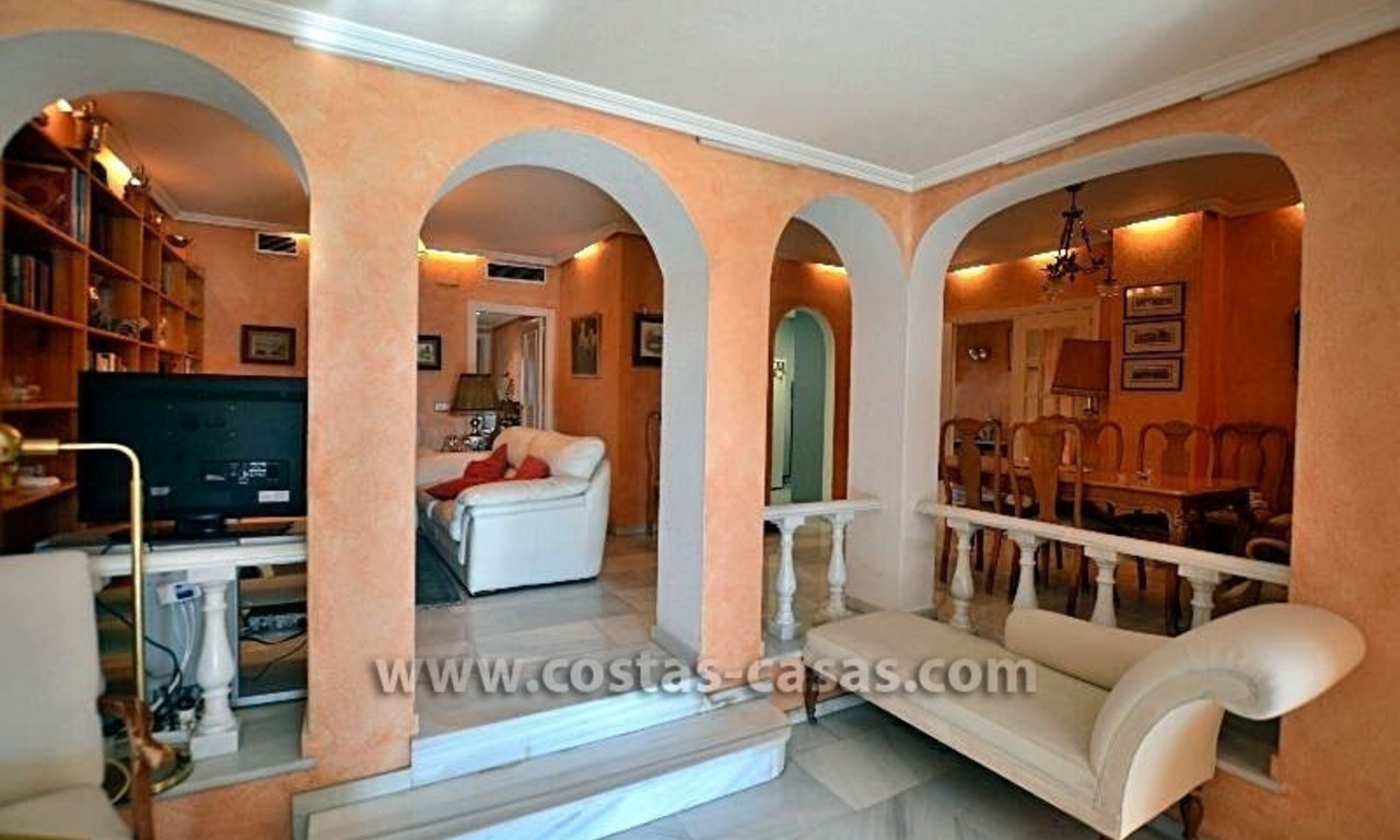 For Sale: Cozy Apartment near Puerto Banús, Marbella 5