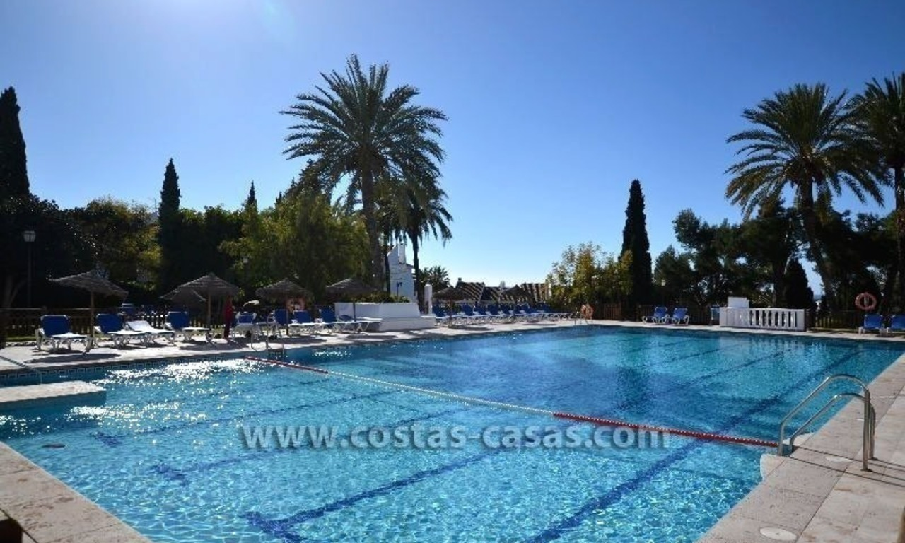 For Sale: Cozy Apartment near Puerto Banús, Marbella 10
