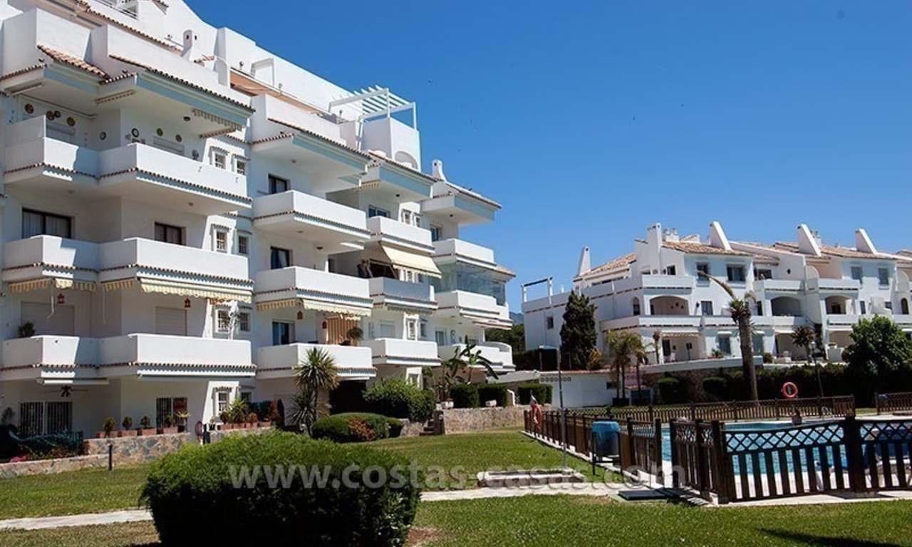 For Sale: Cozy Apartment near Puerto Banús, Marbella 11