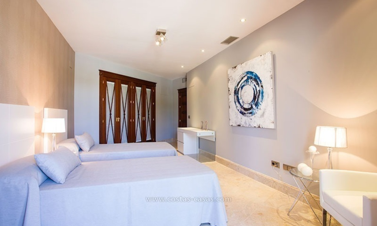 For Sale: Beachfront Luxury Apartments in San Pedro - Marbella. Opportunity: 3 bedroom apartment! 12