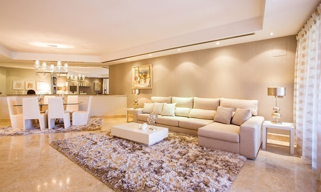 For Sale: Beachfront Luxury Apartments in San Pedro - Marbella. Opportunity: 3 bedroom apartment! 8