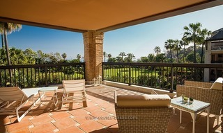 For Sale: Beachfront Luxury Apartments in San Pedro - Marbella. Opportunity: 3 bedroom apartment! 25