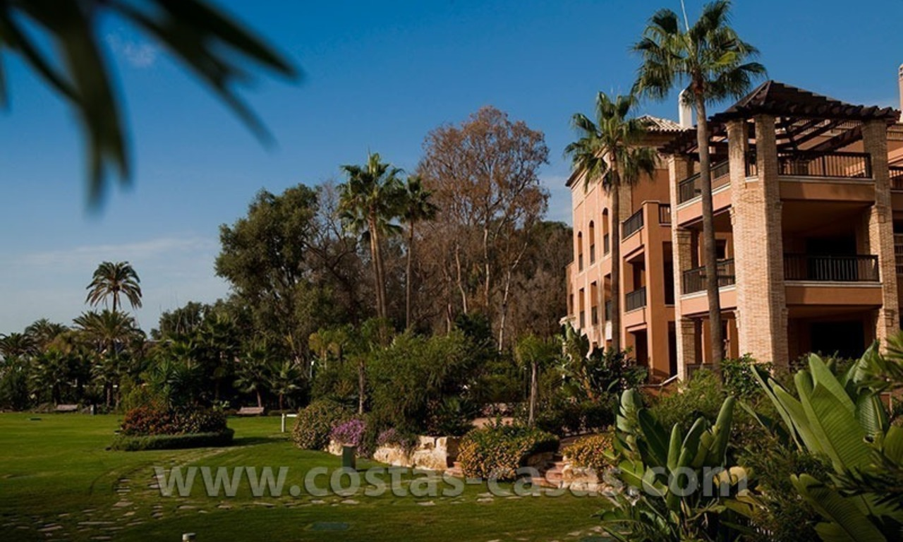 For Sale: Beachfront Luxury Apartments in San Pedro - Marbella. Opportunity: 3 bedroom apartment! 41
