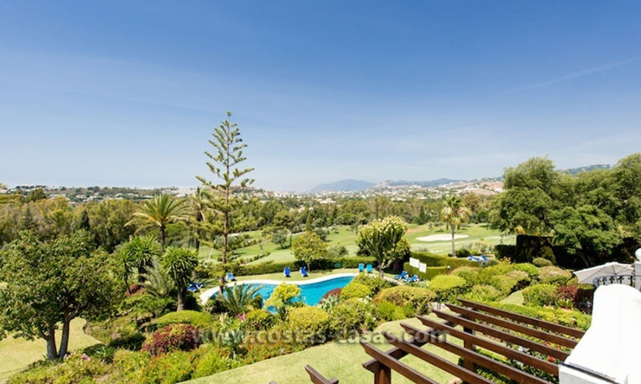 For sale: Frontline Golf Townhouse in Nueva Andalucía, Marbella 13