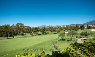 For sale: Frontline Golf Townhouse in Nueva Andalucía, Marbella 15