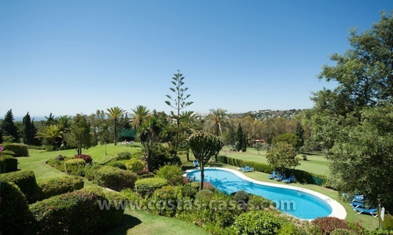 For sale: Frontline Golf Townhouse in Nueva Andalucía, Marbella 16