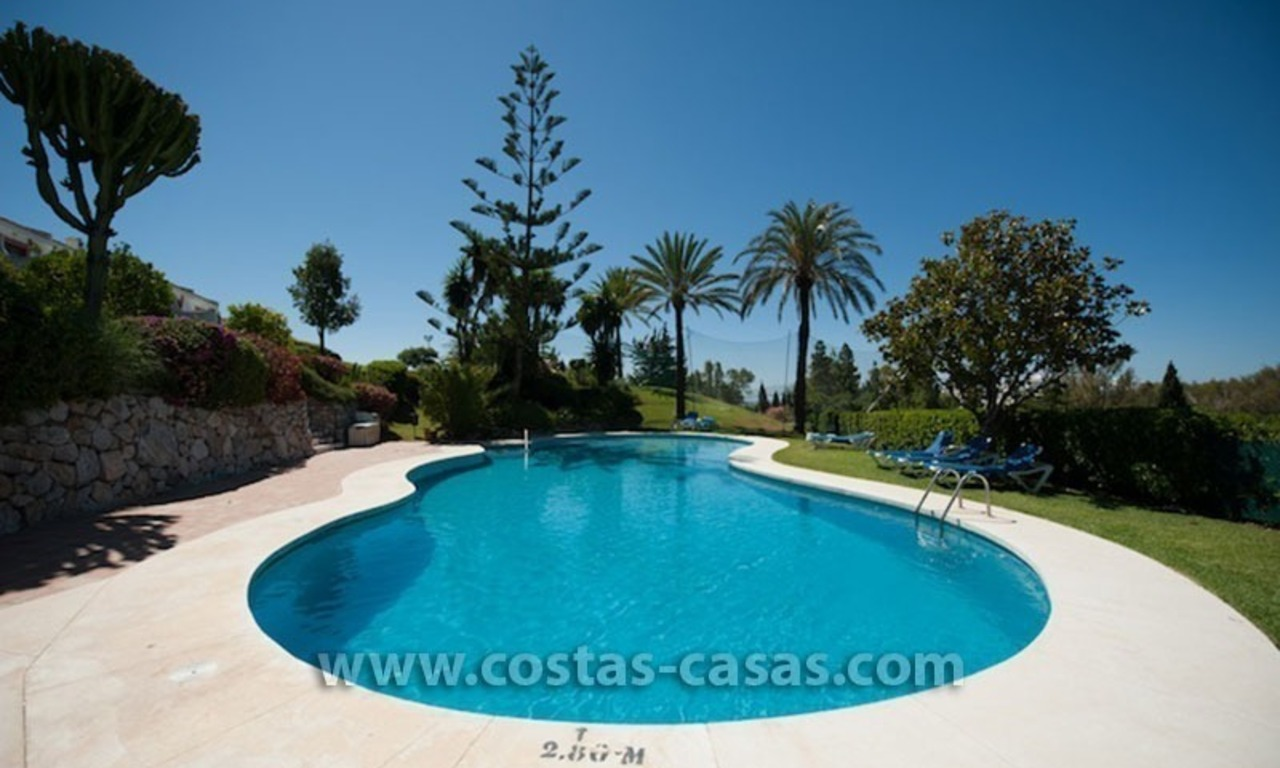For sale: Frontline Golf Townhouse in Nueva Andalucía, Marbella 17