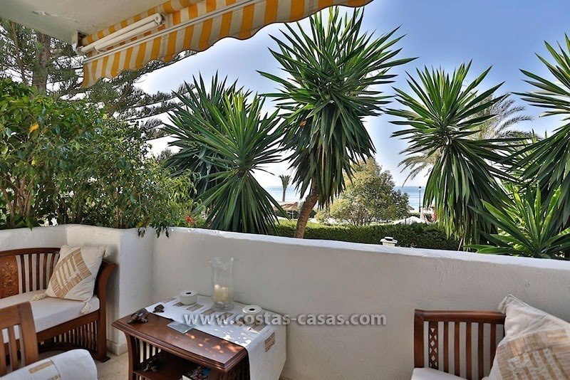 For Sale: Frontline Beach Apartment in San Pedro de Alcántara, Marbella 1